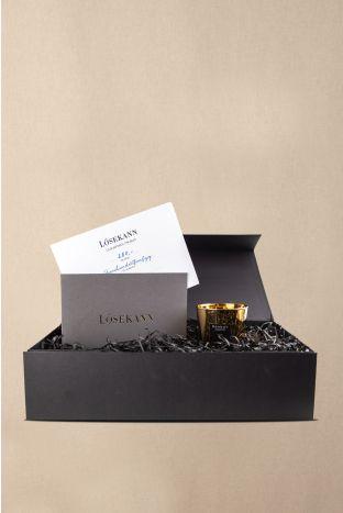 Gutschein Box schwarz 250 EUR + gratis Baobab Kerze gold