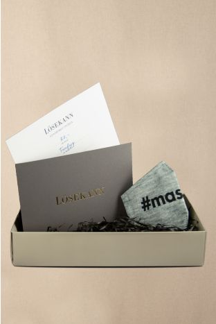 Gutschein Box taupe 50 EUR + gratis Maske Maskeauf grey heather